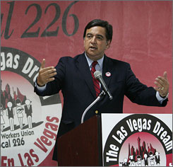 Richardson speaks in Las Vegas on Tuesday.