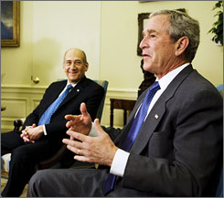 Bush and Olmert in the Oval Office on Tuesday.