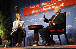 Billionaire investor Warren Buffett has not endorsed Sen. Hillary Rodham Clinton.