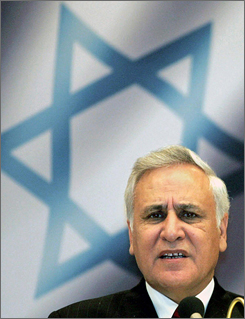 Israeli President Moshe Katsav addresses the audience at a meeting with officials of the German Jewish Community in this file photo taken in Berlin in May 2005.