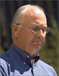 Legal experts say that Sen. Larry Craig could have hired a lawyer and successfully fought the charges.