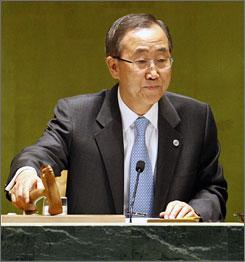 U.N. Secretary General Ban Ki-moon opens the United Nations event on climate change.