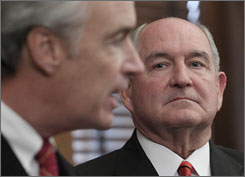 Interior Secretary Dirk Kempthorne discusses an agreement between Alabama, Florida and Georgia over water supply in Atlanta, at the Interior Department in Washington, D.C., Thursday, during a news conference to discuss the drought problem in the South. Georgia Gov. Sonny Perdue, right, listens.