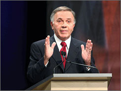 Republican Rep. Tom Tancredo has consistently polled at the back of the Republican field.