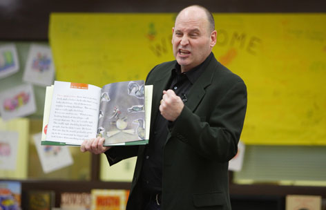 Jon Scieszka, the Library of Congress' ambassador for children's literature, says reluctant kids will take to reading if there is a humorous payoff.