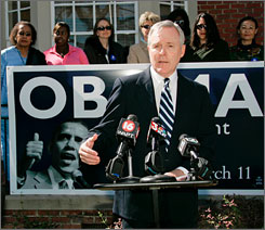 Ray Mabus stumping for Obama in election year 2008. Photo: Rogelio Solis, AP.