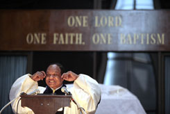Walter Fauntroy, who was an aide to Martin Luther King Jr. and serves as pastor at New Bethel in Washington, devoted his sermon Sunday to the issue of Barack Obama and Jeremiah Wright.