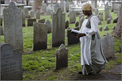 """Philadelphia's famous church has begun publicizing its history of slaves worshipping alongside parishioners like Benjamin Franklin and Betsy Ross. Actress Diane Johnson gives guided tours of the church as fictional slave """"Sarah."""""""