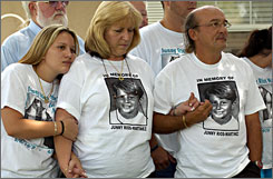 From left, Jayme Rios-Martinez, Vicki Rios-Martinez and Junny Rios-Martinez Sr., have been waiting 16 years since Mark Dean Schwab was sentenced for killing Junny Rios-Martinez Jr.