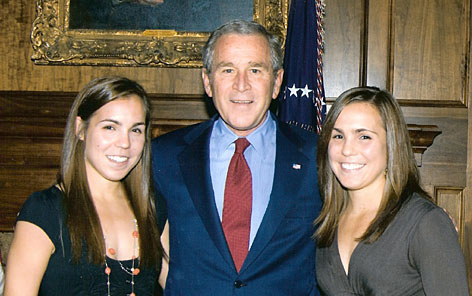 Kelly Ostrofsky, left, and Shelly Ostrofsky met President Bush at a fundraiser in March. They say Bush advised them to go to separate colleges  as he said he advised his own twins, Jenna and Barbara, to do.