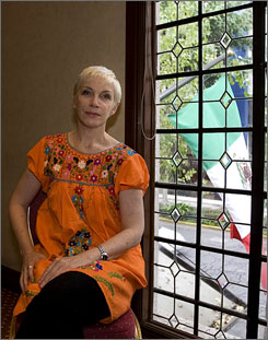 Singer and AIDS activist Annie Lennox is participating in the upcoming 17th International AIDS Conference in Mexico City.