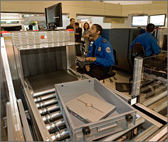 TSA screener testing labeled 'a waste' - USATODAY.com