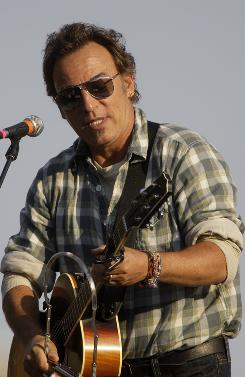 Bruce Springsteen performs at a free outdoor concert in support of Democratic presidential candidate, Sen. Barack Obama, D-Ill., and in a push for voter registration in downtown Philadelphia.