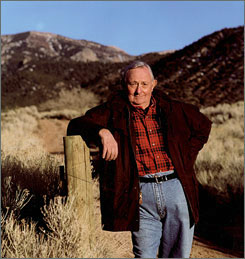 Tony Hillerman, author of the acclaimed Navajo Tribal Police mystery novels, died Sunday of pulmonary failure.