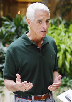Florida Governor Charlie Crist arrives at the 2008 Republican Governors Association meeting in Miami, Fla., Wednesday.