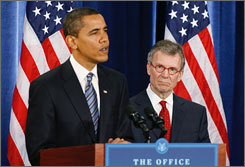 President-elect Barack Obama, left, seen here on Thursday during a news conference in Chicago, has chosen former Senate Majority Leader Tom Daschle, D-S.D., right, to be his secretary of health and human services.