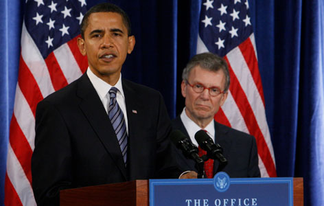 Health and Human Services nominee Tom Daschle, with President Obama on Dec. 11, was slated to be the president's healthcare guru. But after his tax issues were revealed, he wasn't urged to stay.