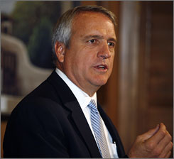 "Colorado Gov. Bill Ritter is working with state Treasurer Cary Kennedy and state lawmakers to put the state's ""checkbook"" online."