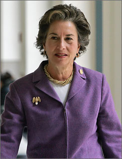 Rep. Jan Schakowsky, D-Ill., is pushing for an immediate committee investigation of a covert CIA program.