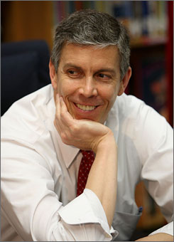 Education Secretary Arne Duncan releases guidelines for the Race to the Top Fund today.