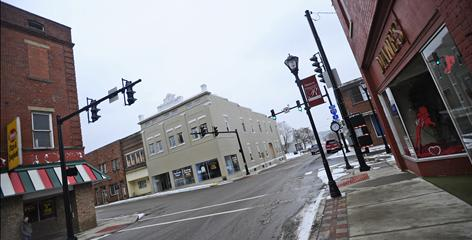 "One-horse towns such as Ravenswood, whose downtown is seen here, are ""one plant shutdown from oblivion,"" says Tom Juravich, who co-wrote a history of the 1990 lockout at the local aluminum plant."