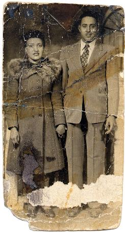 This is a photo of Henrietta and David Lacks, circa 1945.
