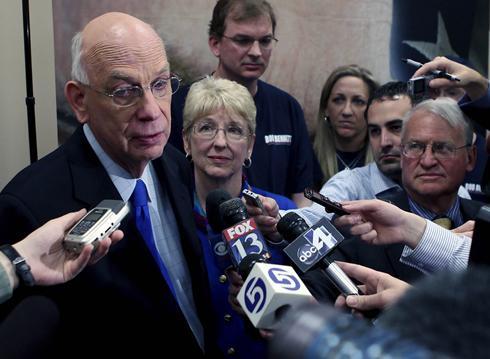 Tea Party ousts Utah Republican