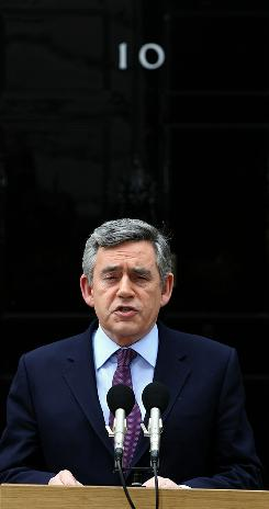 Prime Minister Gordon Brown announces Monday that he will step down as Labour leader by September.