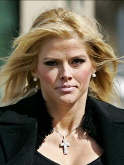 Anna Nicole Smith leaves the U.S. Supreme Court in Washington on Feb. 28, 2006.