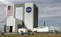 Leaders of commercial space companies have been in Florida recently discussing potential operations that could be set up if they win NASA contracts to develop new spacecraft. 