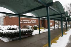Charles Seipelt Elementary School's gains and losses are typical of a pattern uncovered by a USA TODAY investigation of the standardized tests of millions of students in six states and the District of Columbia. 