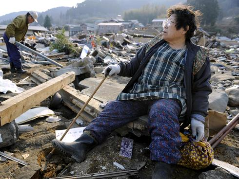 In disasters' wake, Japan races to defuse nuclear threat ...