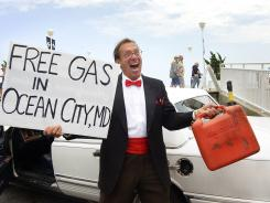 Beach town businesses offer free gas to draw visitors