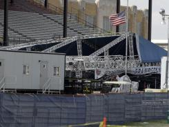 Companies that erect outdoor concert stages are not required to obtain a state permit or undergo inspections, according to the Indiana Department of Homeland Security.
