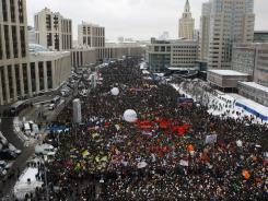 Demonstrators rally on Saturday to protest against election fraud in Moscow.
