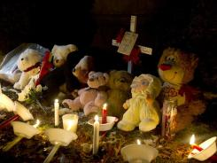 A memorial honors Aliahna Maroney-Lemmon Dec. 27 at the Northway mobile home park in Fort Wayne, Ind.