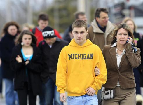Witnesses to deadly shooting at Ohio school describe chaos – USATODAY.