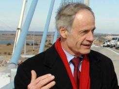 Sen. Tom Carper co-authored a letter to the Defense Department urging action against defense contractors who fail to pay taxes.