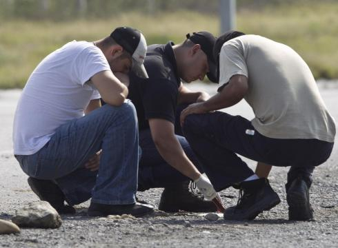 Mexico Cartel Killing Videos http://usatoday30.usatoday.com/news/world/story/2012-05-15/mexico-bodies-zetas/54981800/1