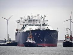 Shipping liquefied gas: More than a dozen U.S. companies have applied to sell natural gas abroad.