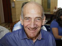 Former Israeli prime minister Ehud Olmert was cleared Tuesday of the major charges in a corruption trial that forced him from power.