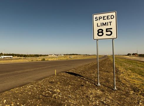 Texas-85-mph-limit-could-spread-QL28235E-x-large.jpg