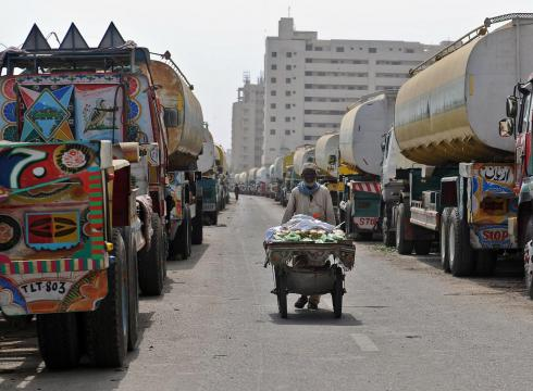 Audit criticizes tracking of Afghan fuel purchases