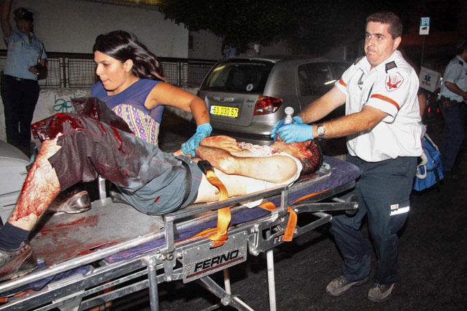 В Тель-Авиве вооруженный мужчина ворвался в один из гей-клубов и.