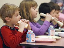 Students eat lunch at Sharon Elementary School in Sharon, Vt.