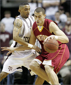 Craig Bradshaw, right, and Winthrop suffered only four losses this season. Wisconsin, North Carolina, Maryland and Acie Law's Texas A&M squad.