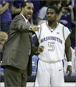 Washington coach Lorenzo Romar's contract is laced with incentives for his players' academic performance. Among the rewards are $10,000 if his team's GPA is 2.7 or better and another $10,000 if its graduation rate is 100%.
