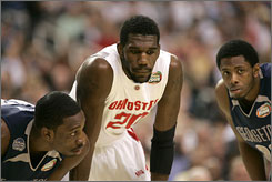 Florida has a tall order in Monday's title game: Stopping Ohio State big man Greg Oden.