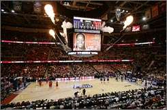Cleveland's Quicken Loans Arena was sold out for Sunday's Women's Final Four with a crowd of 20,704, but some early-round tournament games drew poorly.