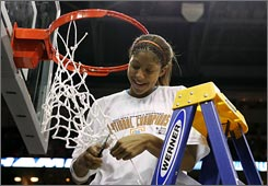 Candace Parker will return to a Tennessee team that will be a favored contender next season.